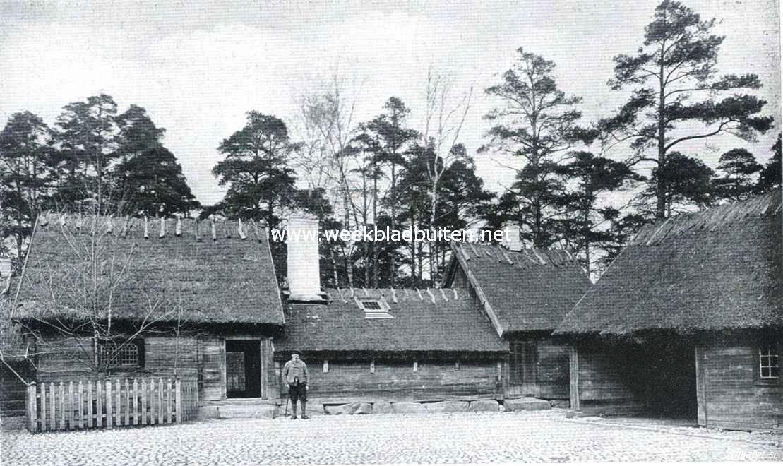 Openluchtmusea. De binnenplaats van den Oktorpsgarden op Skansen. Het groote woonhuis