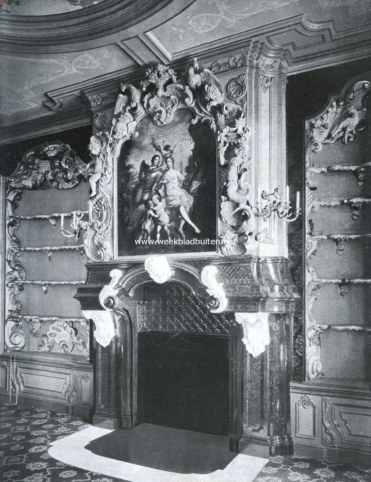 Het van Loosen-Huis te Enkhuizen. Schoorsteen in den salon