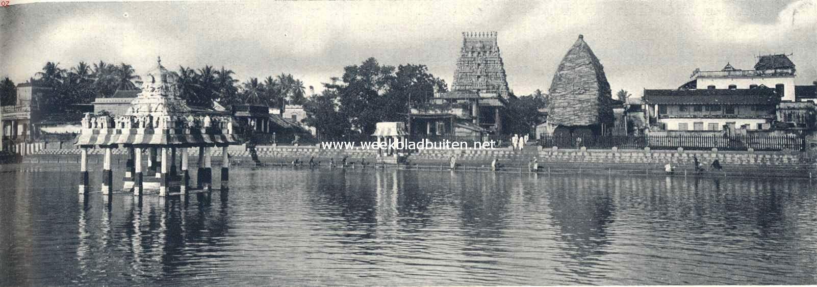 Mensch en godsdienst in Hindoestan. Heilige tempelvijver te Madras