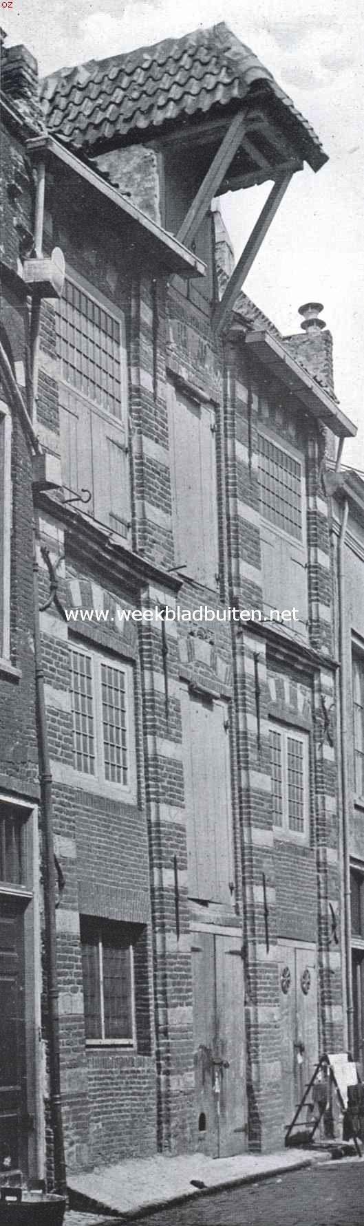 Pakhuis aan de Burghwalstraat te Kampen, aangekocht door de Vereeniging