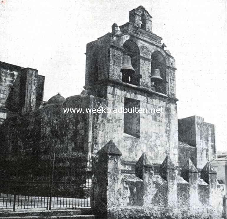 In deze Oud-Spaansche kathedraal te Santo Domingo rust het gebeente van Columbus